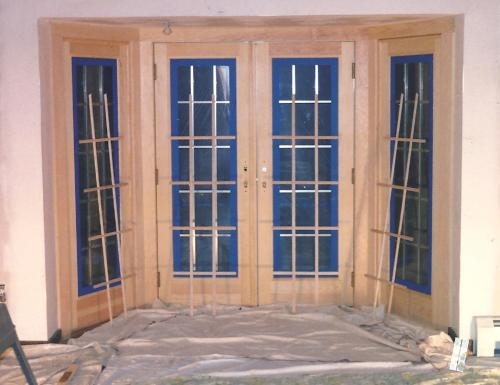 875 - VF FRENCH DOORS STAINING BEFORE