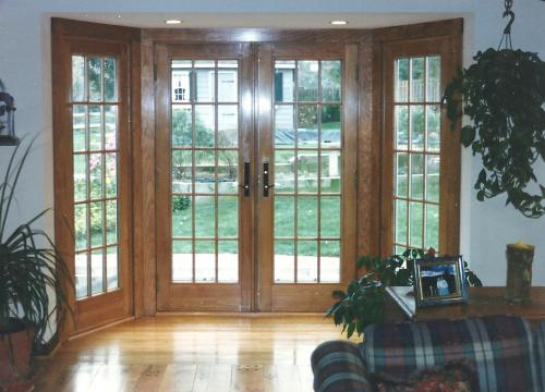 876 - VF FRENCH DOORS STAINING AFTER