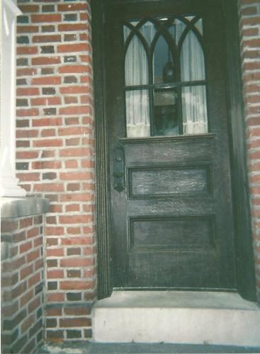 9995 - SOLID EXTERIOR WOOD DOOR BEFORE