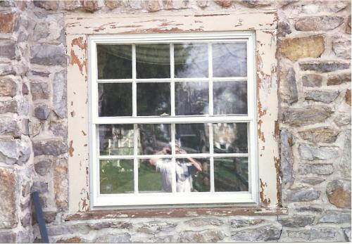 9997 - WAYNE WINDOW BEFORE REPAIRS   PAINT